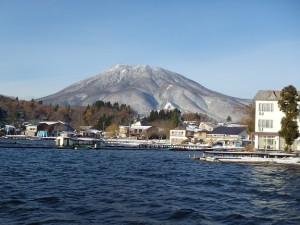 立が鼻から見た黒姫山
